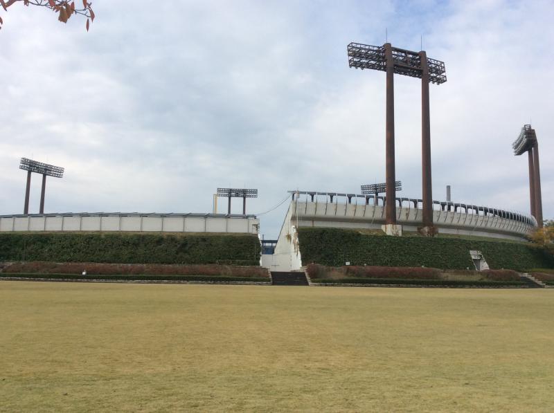 長良川球場の外観です。
