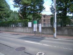 「東北大正門前」バス停留所